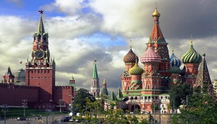 أين يقيم السعوديون العالقون في موسكو بسبب كورونا؟ (فيديو)