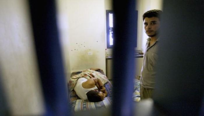 إصابة 4 أسرى فلسطينيين بكورونا في سجن مجيدو.. وحماس تعلق