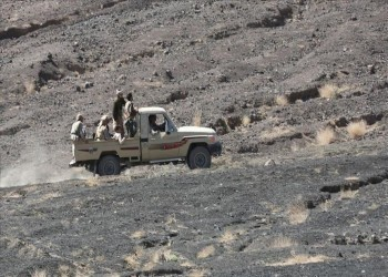 عدن.. مواجهات عنيفة بين قوات مدعومة إماراتيا وأخرى تدعمها السعودية