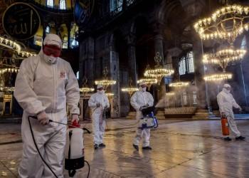 مساجد تركيا تصدح بالدعاء إلى الله لرفع الوباء