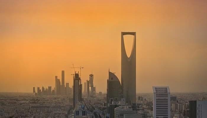 حرب أسعار النفط في السعودية تأتي بنتائج عكسية