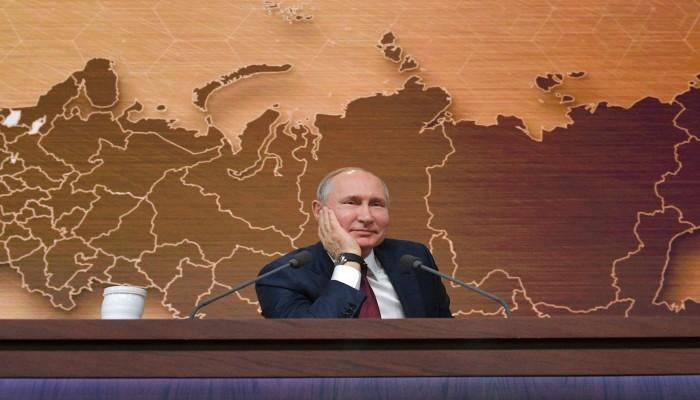 فورين بوليسي: بوتين يرصد نقاط ضعف الغرب في أزمة كورونا