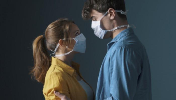 الحب وكورونا.. الوباء يهدد الأسر ويثير مطالب بتغيير قوانين الأحوال الشخصية