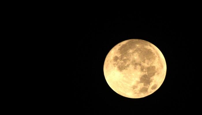 البحوث الفلكية بمصر تحدد 25 أبريل أول رمضان
