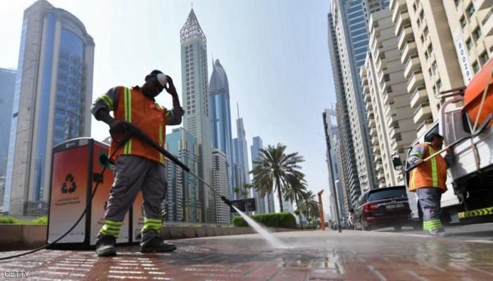 الإمارات تبدأ تعقيما عاما للبلاد وتشدد على البقاء في المنازل