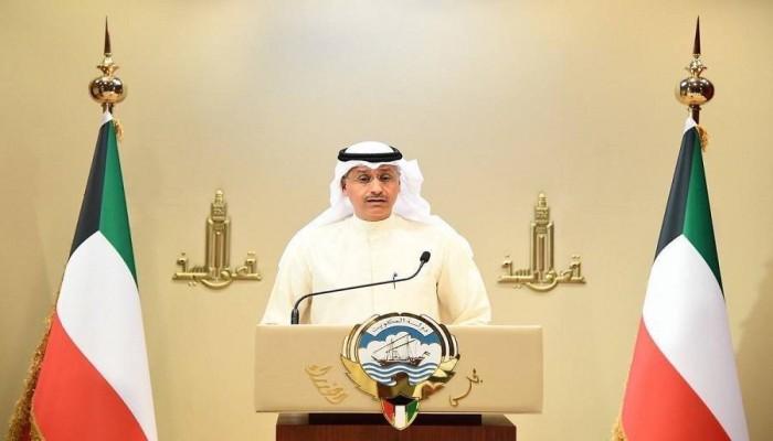الكويت: 5 قرارات لمواجهة كورونا أبرزها وقف حركة سيارات الأجرة