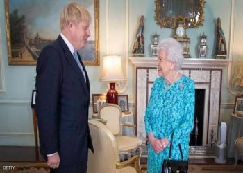 الملكة إليزابيث التقت جونسون قبل أيام.. هل أصيبت بكورونا؟