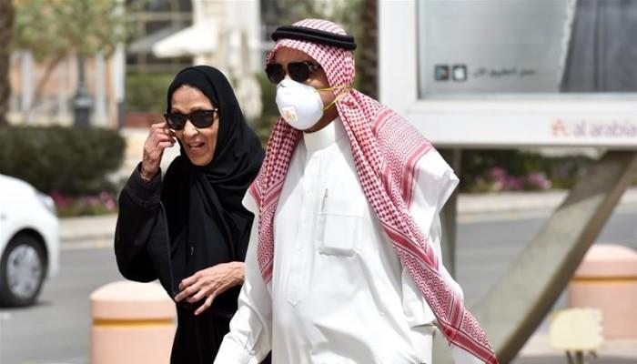 السعودية تفرض عزلا كاملا على أحياء بالمدينة المنورة لمواجهة كورونا