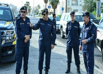 الكويت.. مجهول يخرق حظر التجول ويحاول دهس شرطي