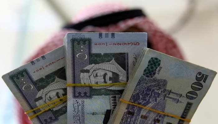المركزي السعودي يطلب من البنوك إعادة هيكلة التمويل دون رسوم إضافية
