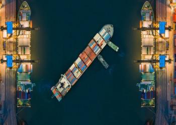 كورونا يوقف النقل البحري في دبي