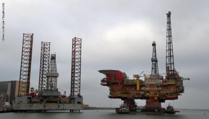 أسعار النفط تبلغ أدنى مستوياتها منذ 17 عاماً