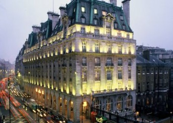 مستثمر قطري مجهول يشتري فندق ريتز لندن بـ990 مليون دولار
