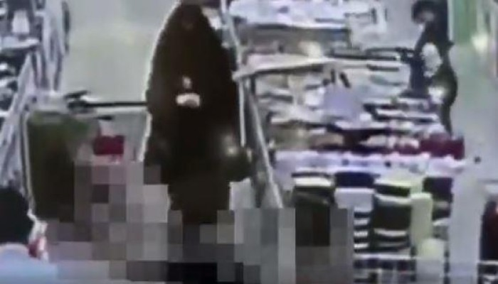 شاهد كيف أنقذت ممرضة سعودية شابا من الموت في مركز تسوق