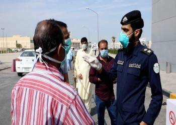 شاهد ماذا فعلت الشرطة الكويتية لإبقاء الناس بمنازلهم بسبب كورونا