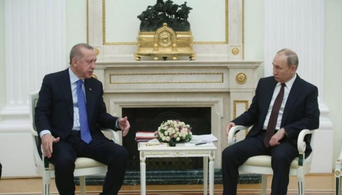 أردوغان وبوتين يبحثان كورونا وملفات أخرى