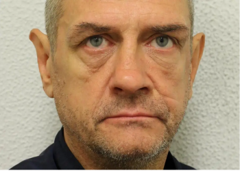 السجن عقوبة لبريطاني سعل بوجه شرطي وهدده بإصابته بكورونا
