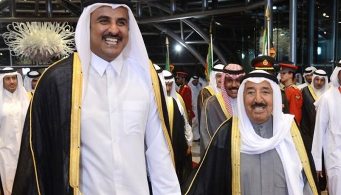 الصباح وتميم يبحثان تعاون الكويت وقطر في مكافحة كورونا