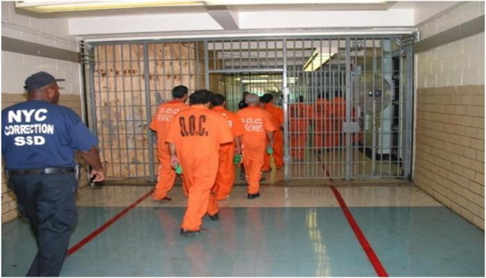 وزير العدل الأمريكي: سنفرج عن مزيد من السجناء بسبب كورونا