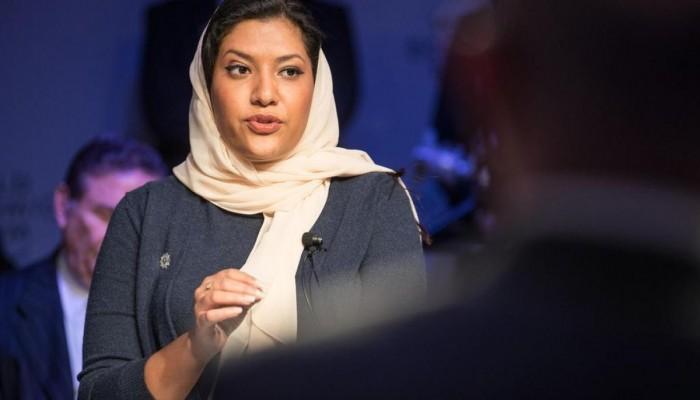 سيناتور أمريكي يكشف تفاصيل مكالمة وبخ خلالها السفيرة السعودية (استمع)