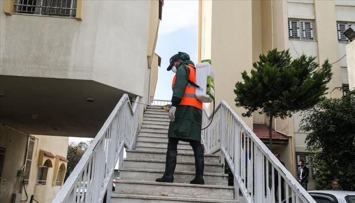 الإمارات تمد حظر التجول ليلا لتطهير الأماكن العامة