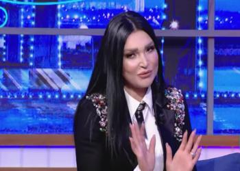 المغنية نجلاءالتونسية: القذافي كان صواماولا يشرب الخمور
