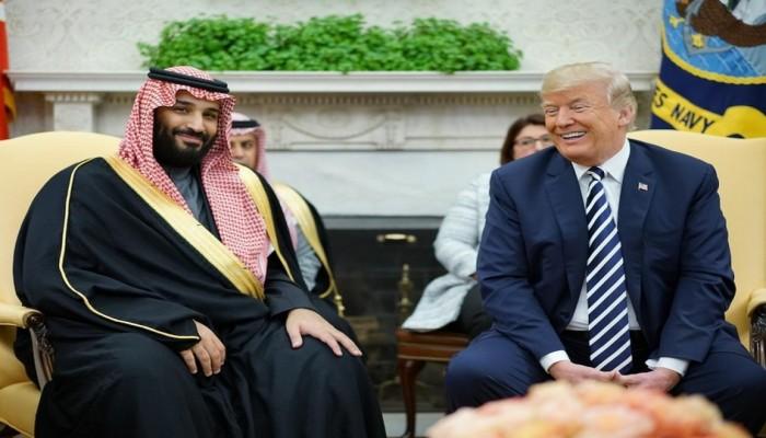 واشنطن بوست: ترامب يواصل مغازلة بن سلمان رغم تهوره