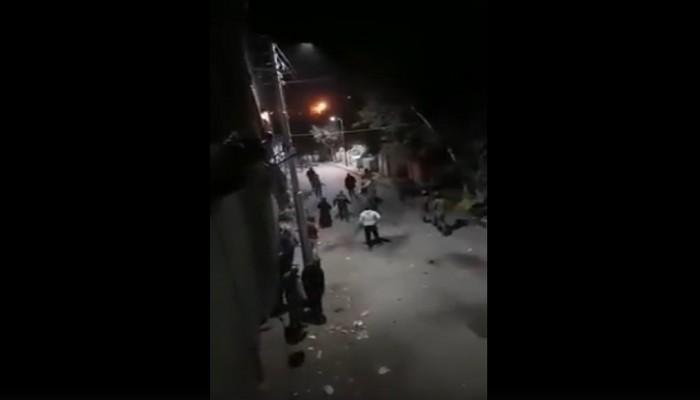 اشتباكات بين الأمن المصري وأهالي رفضوا دفن متوفى بكورونا (فيديو)