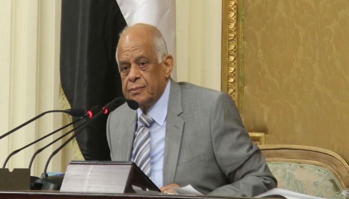 كورونا.. رئيس برلمان مصر يدعو النواب للتبرع برواتبهم 3 أشهر