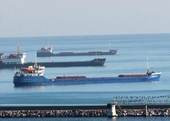 الحوثيون يتهمون التحالف باحتجاز 17 سفينة نفط ومواد غذائية