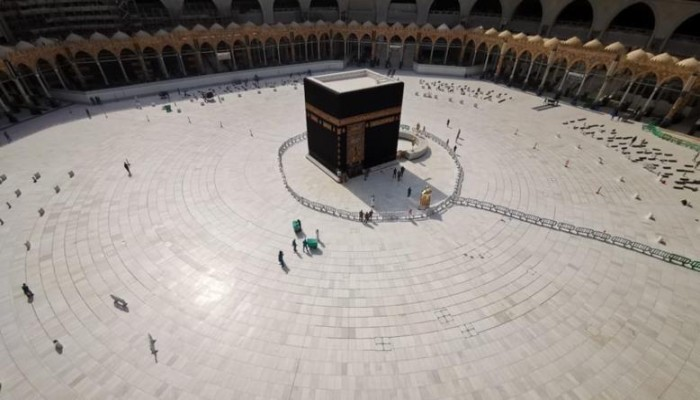 شعائر معطلة.. كورونا يوقف الطقوس الدينية حول العالم