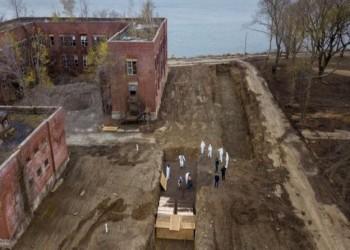نيويورك تستخدم قبورا جماعية لدفن ضحايا كورونا