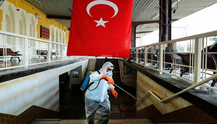 تركيا تفرض حظر التجوال 48 ساعة بـ31 مدينة لمواجهة كورونا