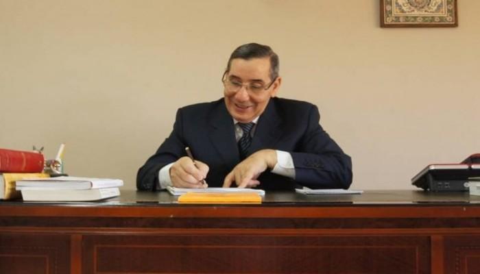 وزير جزائري سابق: تلقيت تهديدات بالقتل بسبب كورونا والإفطار برمضان