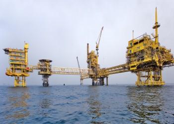 بعد السعودية.. قطر والكويت تخفضان أسعار النفط في مايو