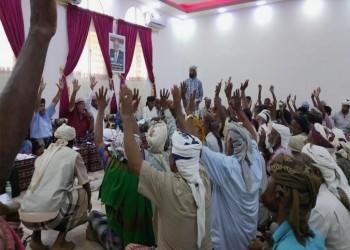 مشايخ سقطرى يطالبون عسكريين بإنهاء تمردهم على الحكومة اليمنية