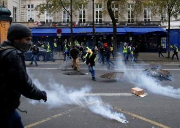 كورونا.. احتجاجات في الأحياء الفقيرة بضواحي باريس