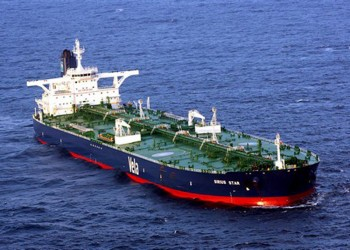 السعودية تدرس تغيير مسار صادراتها النفطية لأمريكا