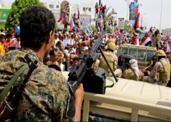 الحكومة اليمنية ترد على انقلاب الانتقالي.. وتطالب السعودية بالتدخل