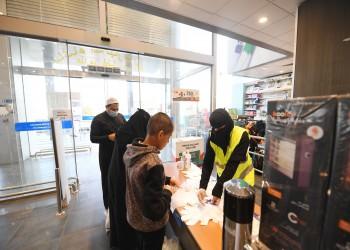 السعودية ترفع حظر التجوال الجزئي وتعيد نشاط الشركات والمصانع