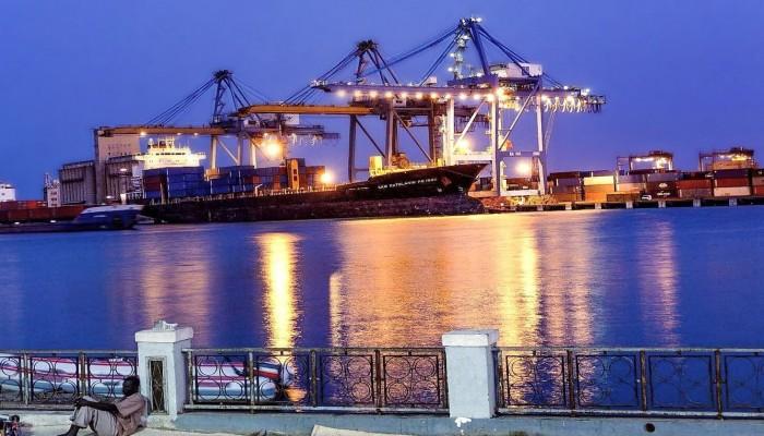 الخرطوم تنفي أنباء حول بيع ميناء بورتسودان للإمارات