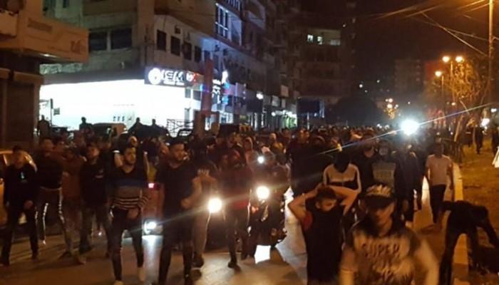 لبنان.. وفاة شاب واحتجاجات بطرابلس وصيدا واشتباكات بين المتظاهرين والجيش