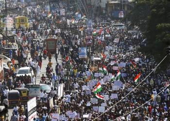 هل يُنقذ غاندي الهند من السقوط الأخير؟