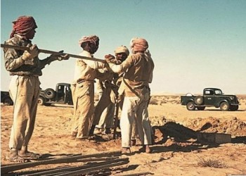 """العمال العرب """"عرايا"""" في عيدهم"""