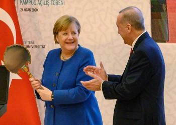 أردوغان وميركل يبحثان التعاون في مرحلة كورونا وما بعدها