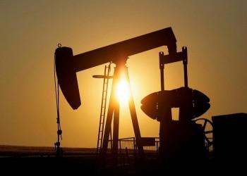أسعار النفط ترتفع مع تعهد السعودية بخفض أكبر بالإنتاج
