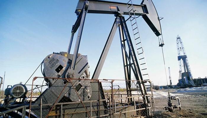 سلطنة عمان تدرس خفض إنتاج النفط بشكل إضافي في يونيو