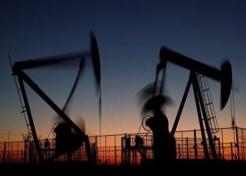 أسعار النفط تواصل الارتفاع وبرنت يكسر حاجز 34 دولارا