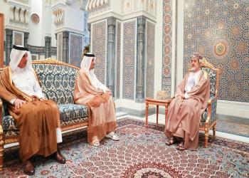سلطان عمان يستقبل وزير خارجية قطر بعد اتصاله بملك السعودية