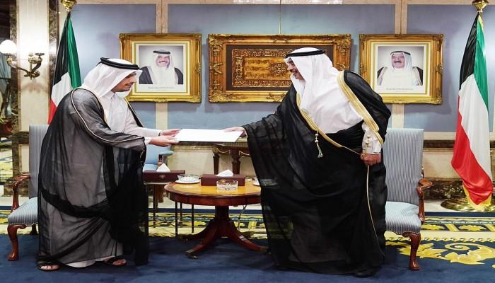 بعد عمان.. وزير خارجية قطر في الكويت